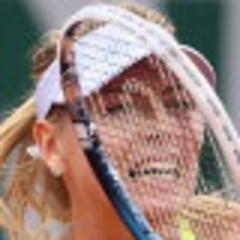 rain halts sharapova and azarenka semifinal